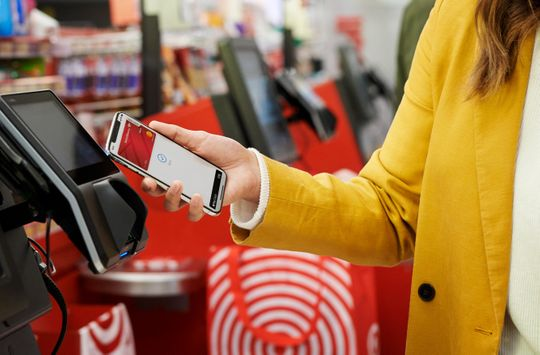Apple Pay and other mobile payment solutions are coming to Target stores.